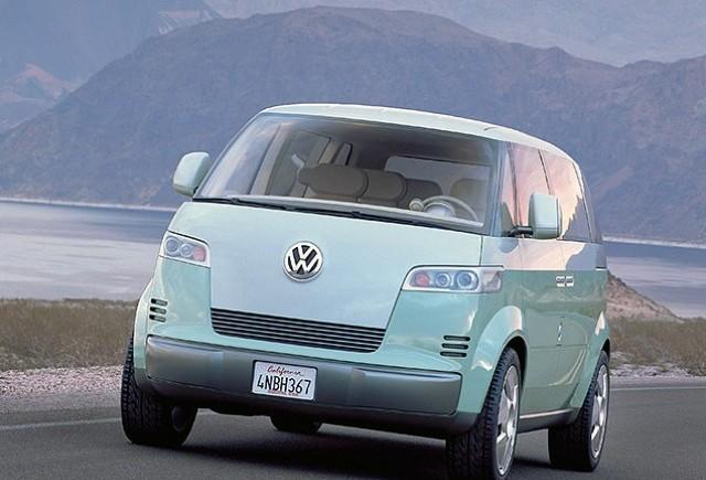 Volkswagen Microbus - Raspunsul VW la Fiat 500 si Mini Cooper