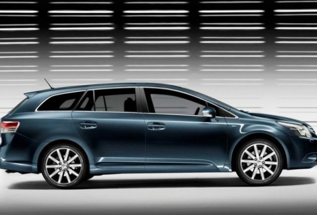 Toyota Avensis - Dezvelite incet, incet...