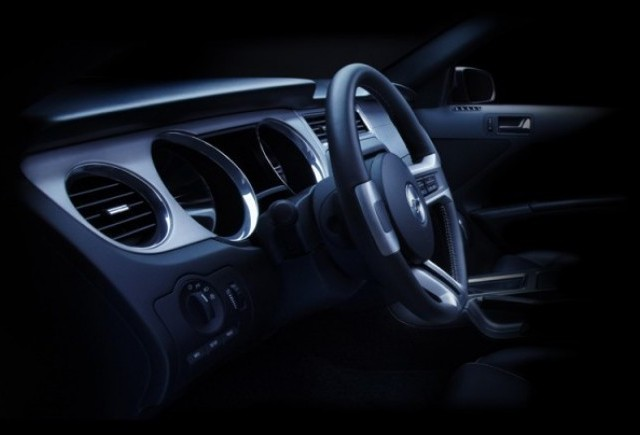 Ford Mustang 2010 - Un nou ciolan pentru public...