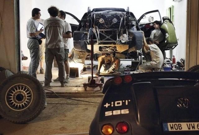 Volkswagen Race Touareg 2 - Pregatindu-se pentru Dakar!