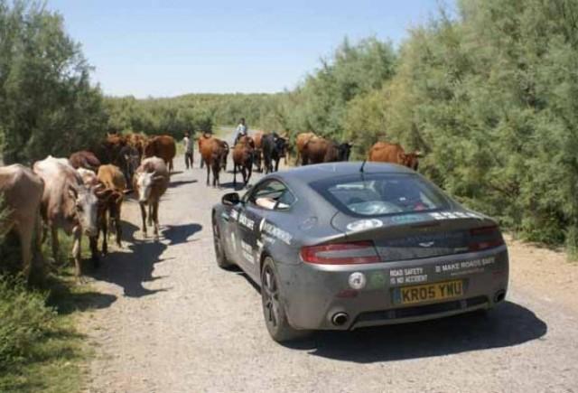 Aston Martin V8 Vantage vs Asia!