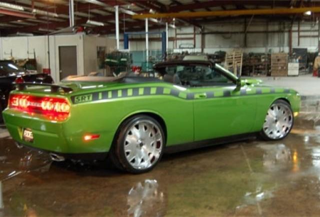 Dodge Challenger SRT8 Decapotabil - Un nou material!