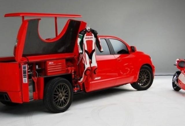 Toyota Tundra Ducati Transporter - Parteneriatul cu Ducati!