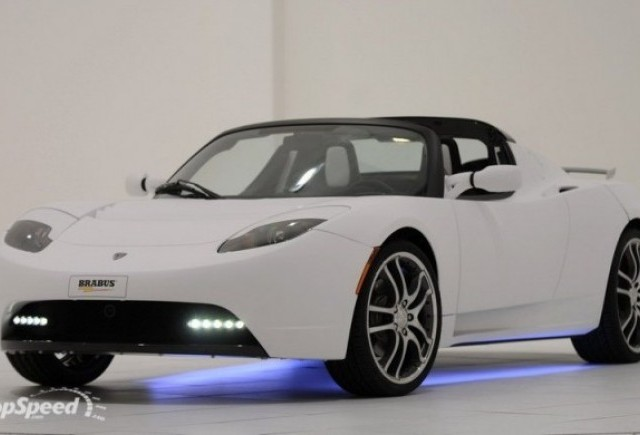 Tesla Roadster tunat de Brabus