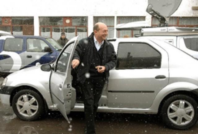Traian Basescu lauda Loganul