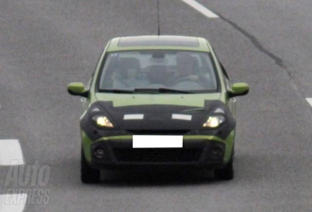 Imagini in premiera cu noua generatie de Renault Clio!