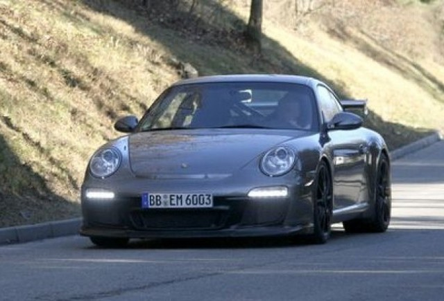 Rebel in haine noi - Porsche 911 GT3 RS