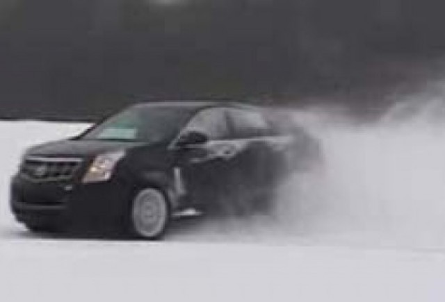 Un Cadillac o ia razna in zapada!
