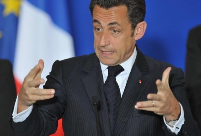 Sarkozy promite ajutor industriei auto din Franta!