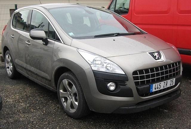 Imagini cu Peugeot 3008 fara camuflaj!