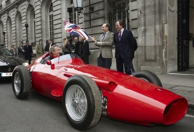 Cea mai buna masina de curse din toate timpurile!
