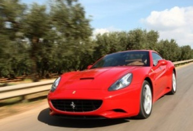 Bazac: Ferrari California a ajuns in Romania, lansarea va avea loc in aproximativ trei saptamani