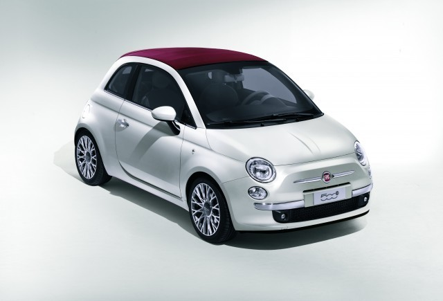 Fiat 500 Convertible va fi prezentat oficial la Salonul Auto de la Geneva