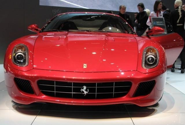 Geneva 2009 LIVE: Standul Ferrari