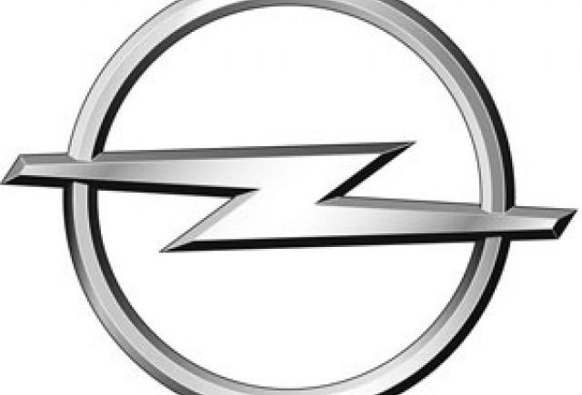 Opel ar putea renunta la 3.500 de angajati daca nu se iau masuri pentru salvarea companiei