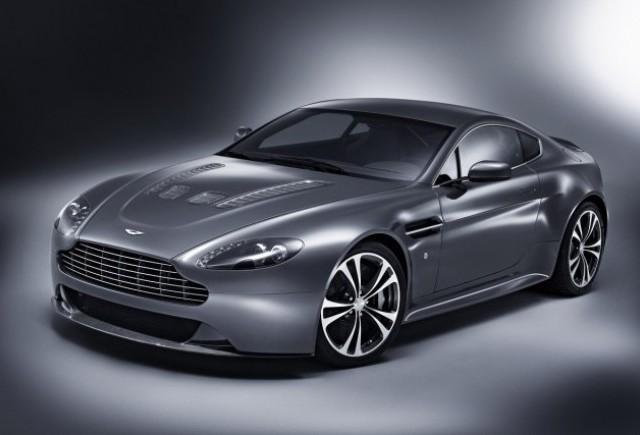 VIDEO: Noul Aston Martin V12 Vantage