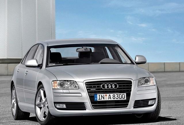 Audi va lansa un A8 cu motor cu 4 cilindri