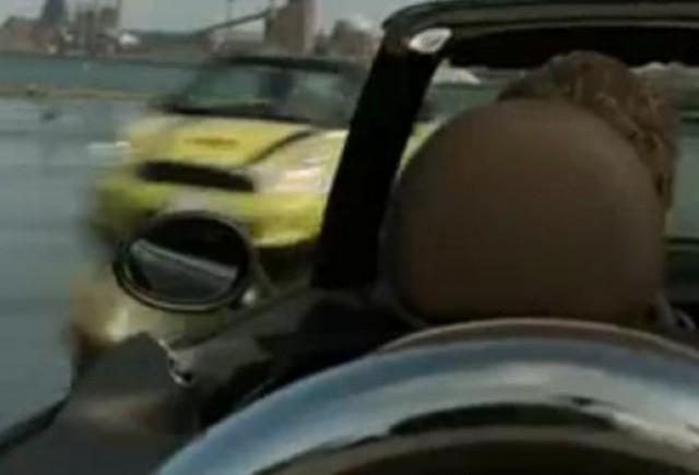 VIDEO: Reclama geniala la Mini Cabrio