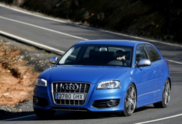 Noul Audi RS3, asasin de BMW 135i