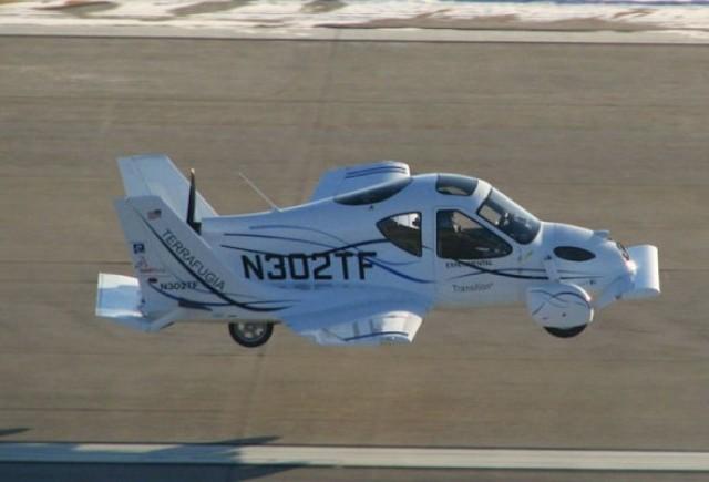 VIDEO: Au inceput testele la masina-zburatoare