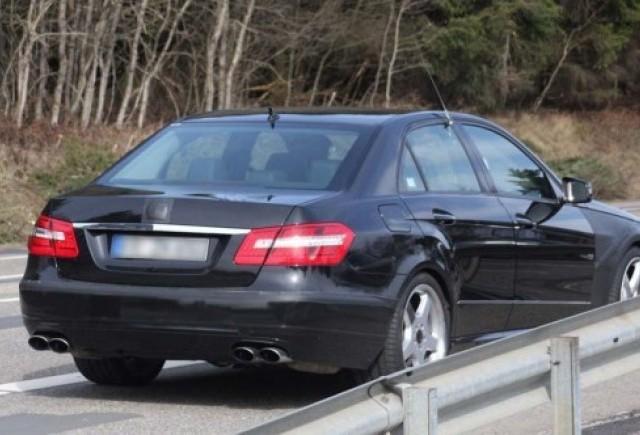 Noi imagini cu Mercedes E63 AMG!