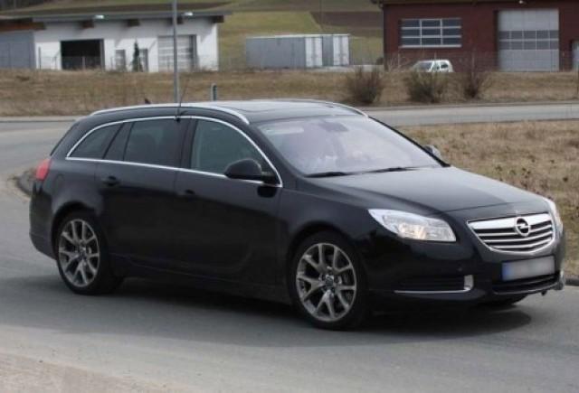 Imagini spion cu Opel Insignia Sports Tourer OPC!