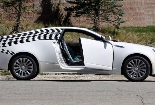 Imagini spion cu Cadillac CTS Coupe!