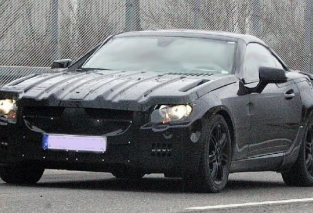 Imagini-spion: Mercedes SLK 2012
