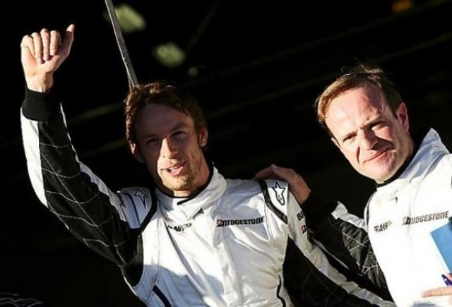Jenson Button va pleca din pole-position in Australia