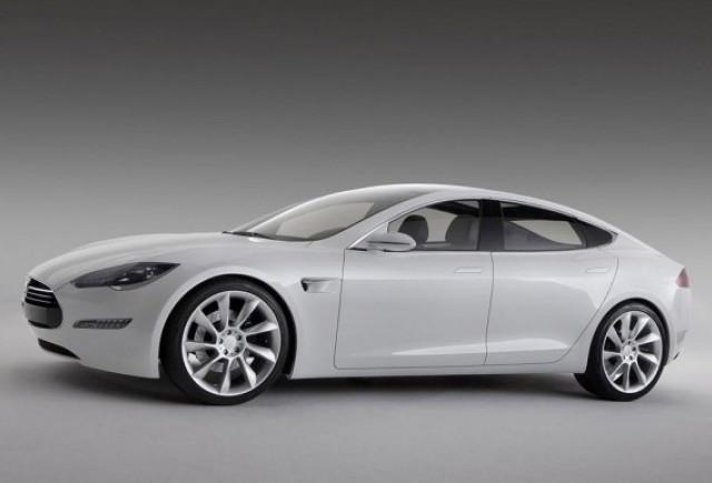 520 de rezervari in prima saptamana pentru Tesla Model S