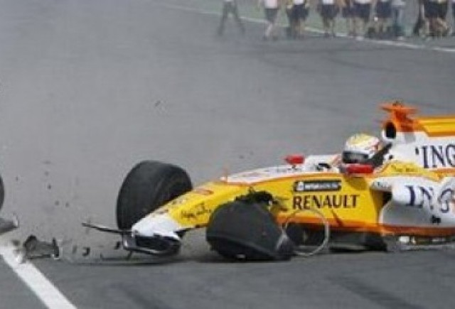 VIDEO: Renault F1, facut praf dupa 100 m de un pilot arab