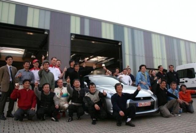 Nissan GT-R isi bate propriul record de la Nurburgring