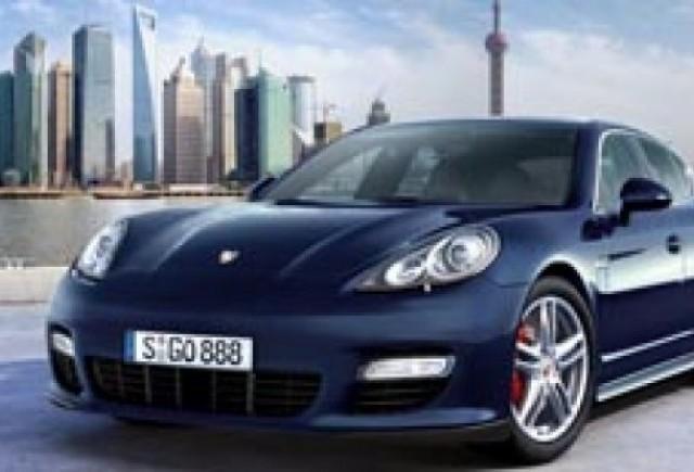 Porsche Panamera isi face debutul public la Shanghai
