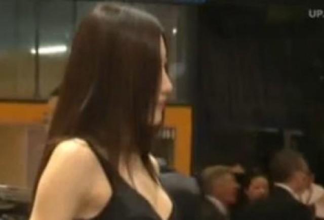 VIDEO: Fetele Salonului Auto de la Shanghai