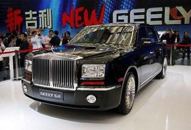 Chinezii cloneaza, Rolls-Royce riposteaza