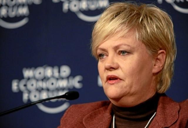 Ministrul de finante din Norvegia doreste interzicerea masinilor pe benzina din 2015