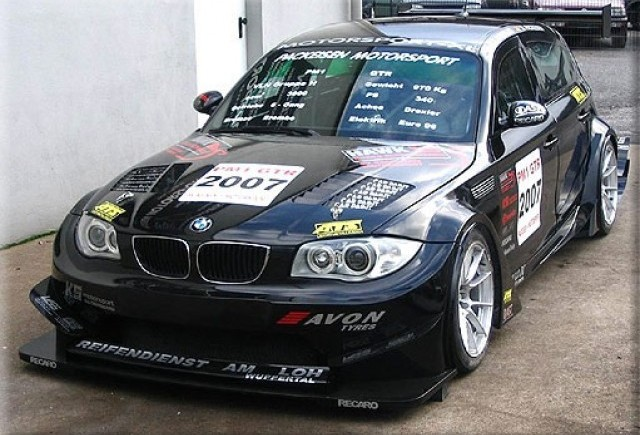 Varianta de curse GTR a BMW Seria 1