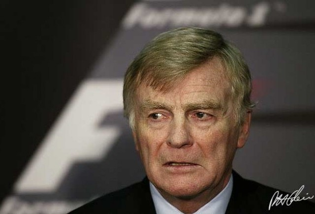 Fiul lui Max Mosley a fost gasit mort