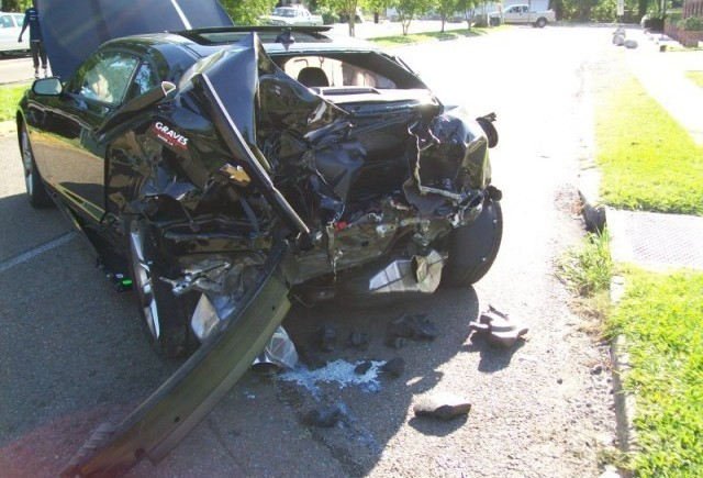 Un Chevrolet Camaro SS nou a fost distrus