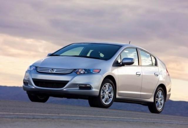 Honda Insight -cel mai bine vandut vehicul din Japonia