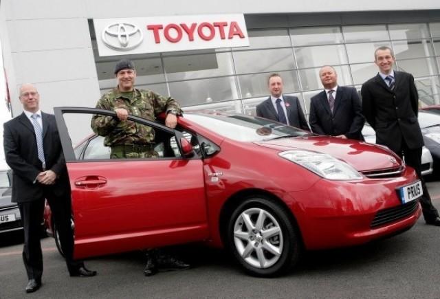 Armata britanica recruteaza 50 de hibride Toyota Prius