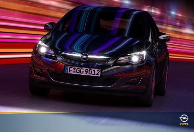 Noi imagini cu Opel Astra