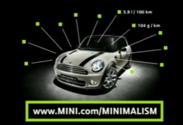 VIDEO: Mini exploateaza minimalismul