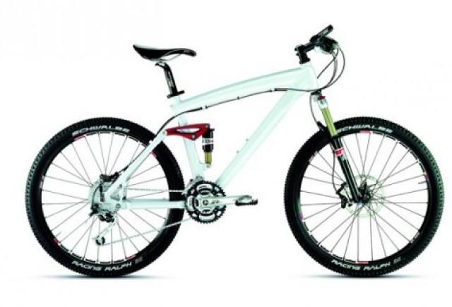 BMW lanseaza o bicicleta de 3.000 de euro