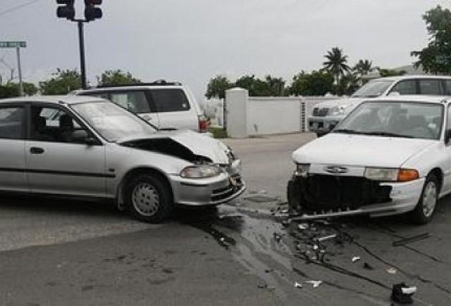 Accidentele usoare se rezolva fara politie de la 1 iulie