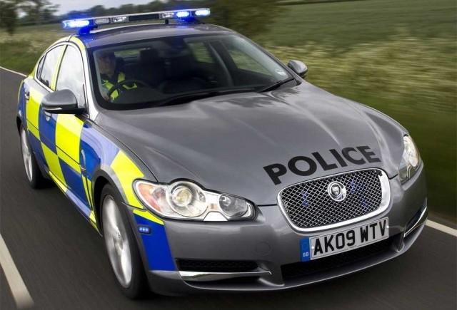 Jaguar XF, masina de politie