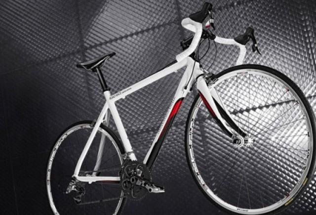 Mercedes a lansat o noua gama de biciclete