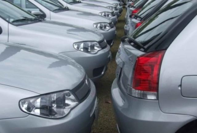 Afacerile firmelor care inchiriaza masini vor scadea in 2009 chiar si cu 40%, fata de 2008