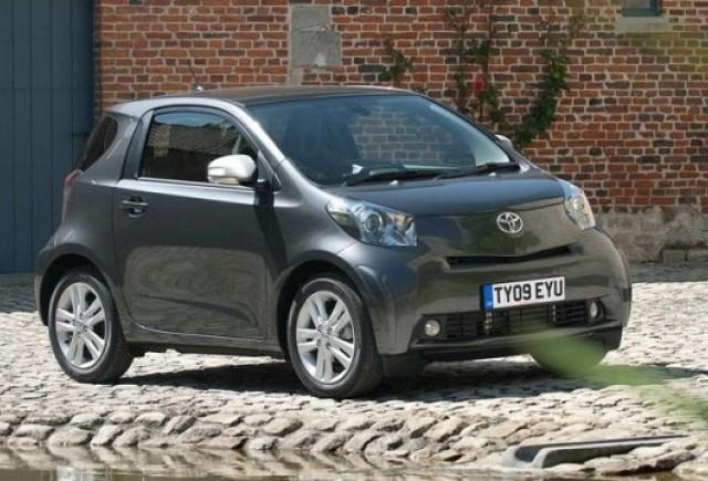 Toyota lanseaza IQ Dual VVT-i de 1,3 litri