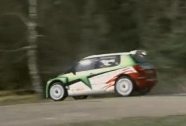 VIDEO: Skoda Fabia S200, masina de raliu